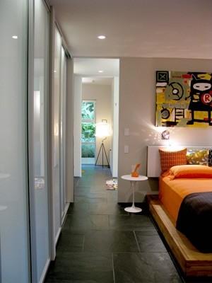 Steinberg modern-bedroom