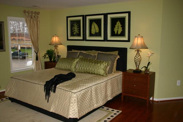 Stonewall Manor Model Home modern-bedroom