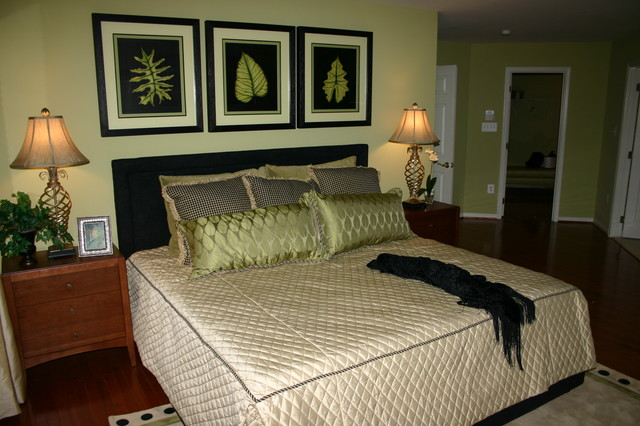 Stonewall Manor Model Home modern bedroom