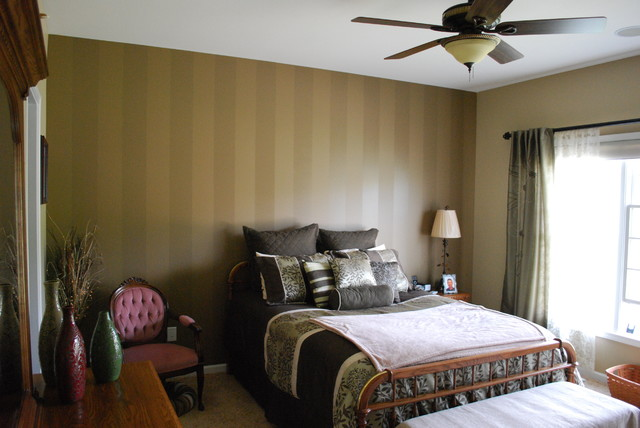 Striped accent wall traditional-bedroom