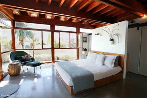 Studio EA | David Hertz Architects Inc. modern bedroom