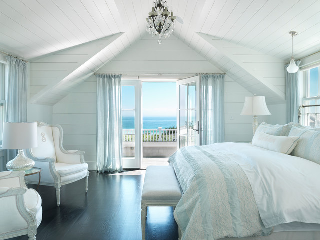 Surfside chic nantucket beach style bedroom boston for Beach bedroom ideas pictures