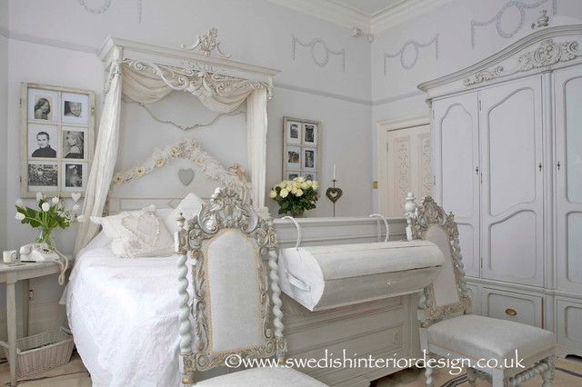 Swedish Gustavian Bedroom Traditional London