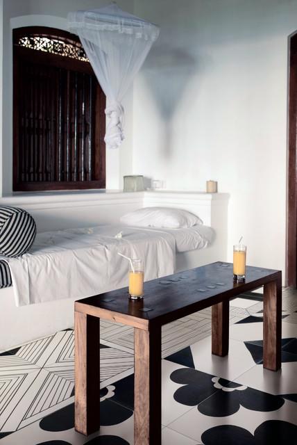 TANGLE traditional-bedroom