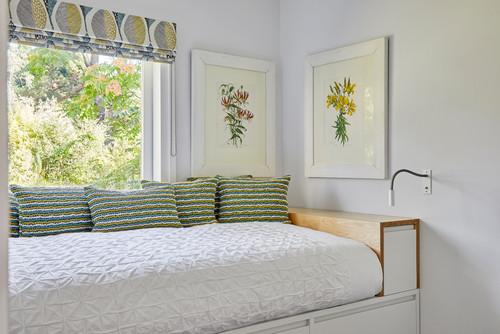 Space Saving Bedroom Furniture Ideas