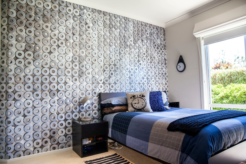 Inspiration for a mid-sized contemporary bedroom remodel in Canberra - Queanbeyan with gray walls and no fireplace