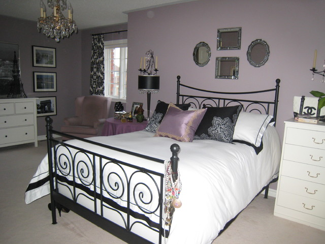 Teen girl 39 s bedroom for Mauve bedroom decorating ideas