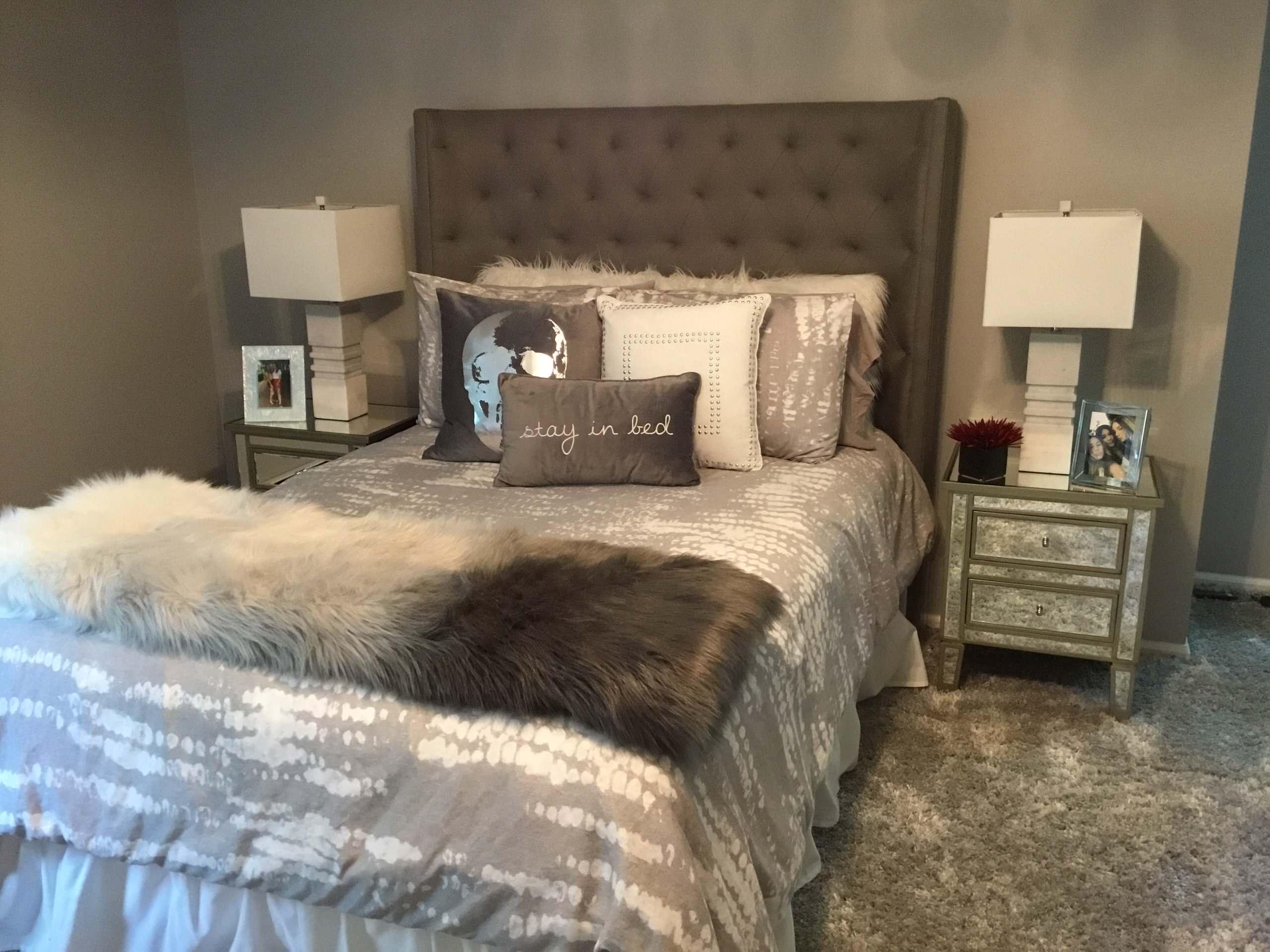 Teen Girls Modern Bedroom