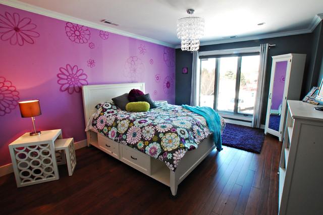 Teenage girl's bedroom modern-bedroom
