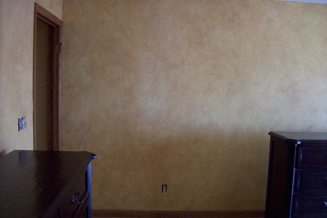 Texture And Glazed Wall Treatment