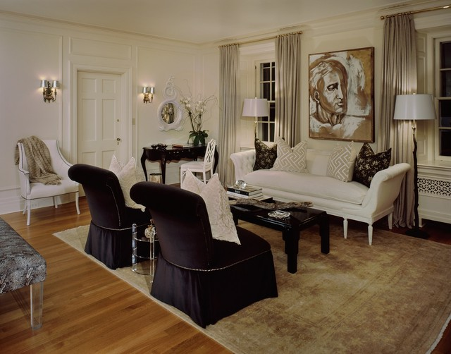 The Chimney's Designer Showhouse traditional-bedroom