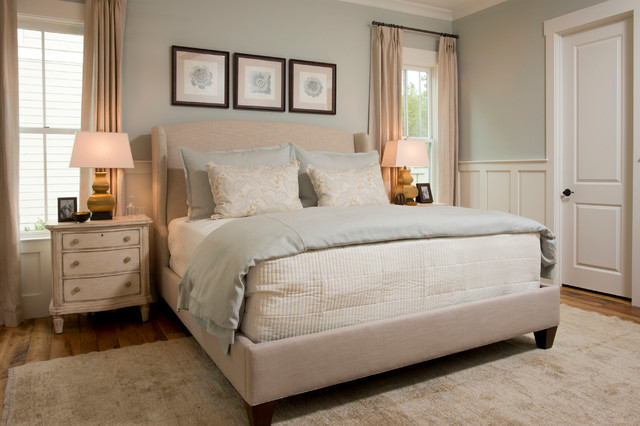 The Farrand traditional-bedroom