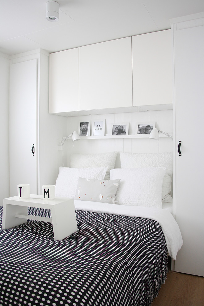Danish bedroom photo in Amsterdam with white walls