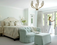 The Ladue House traditional-bedroom