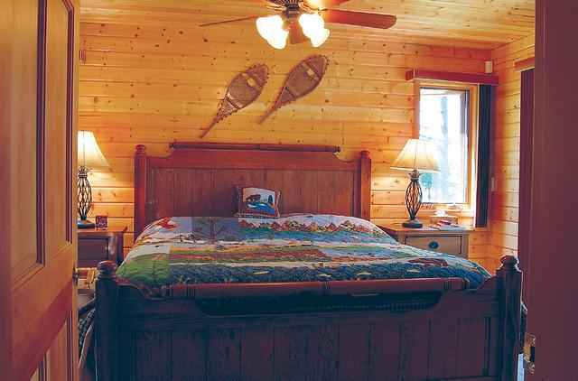 the minden project rustic bedroom vancouver by linwood custom homes. Black Bedroom Furniture Sets. Home Design Ideas