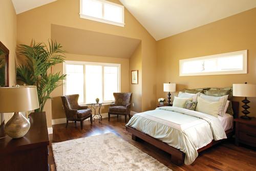 黄色系の壁紙を使った寝室