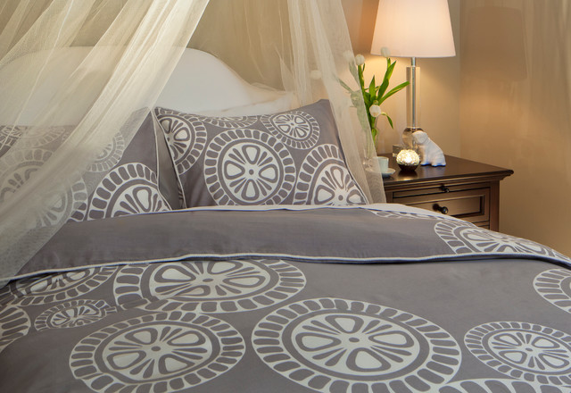 The Sunset Duvet Set contemporary-bedroom
