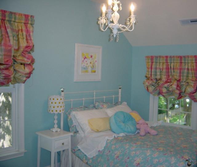 tiffany blue girl 39 s room. Black Bedroom Furniture Sets. Home Design Ideas