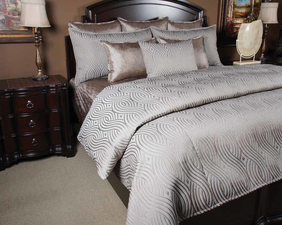 Bedding 2013 - Titanium: Beautiful Silver Gray scroll pattern with silk like matching pillows brings a romantic feel to any room.