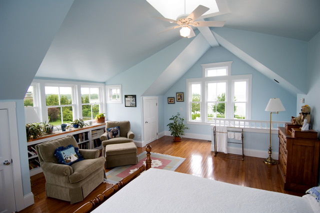 Merveilleux Bedroom   Traditional Bedroom Idea In Providence With Blue Walls
