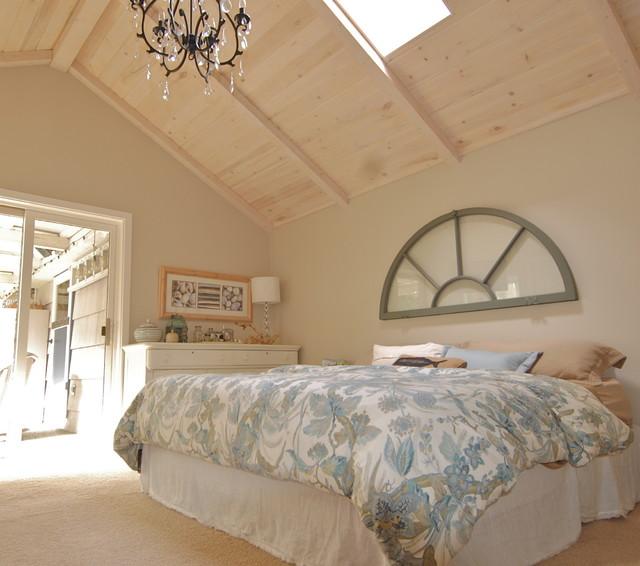 Tracy Paulsen traditional-bedroom