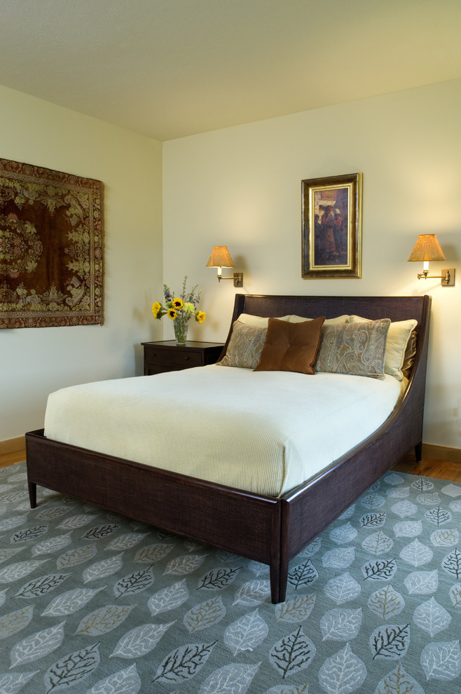 Bedroom - traditional bedroom idea in Other with beige walls