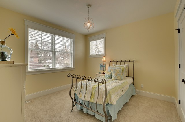 2013 Spring Parade Of Homes traditional-bedroom