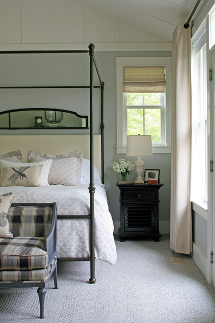 Inspiration for a timeless carpeted bedroom remodel in Other with gray walls