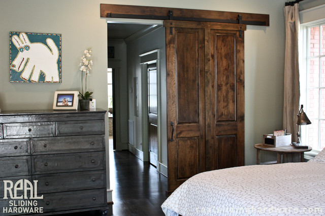 Custom bedroom barn doors traditional bedroom for Bedroom barn door hardware