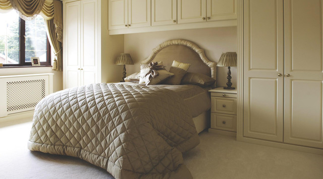 Traditional cream modular bedroom furniture system for Modular bedroom furniture