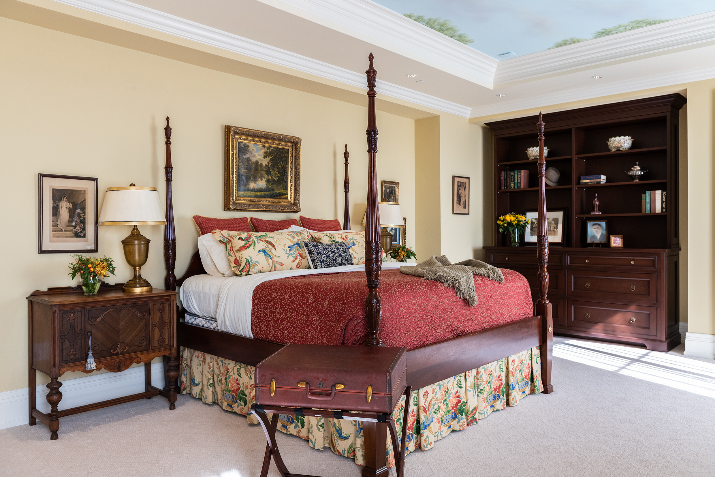 75 Beautiful Traditional Bedroom Pictures Ideas February 2021 Houzz