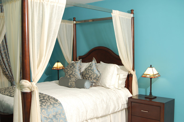 Traditional Bedroom By Marie Burgos Design Midtone Shades Of Robin S Egg Blue