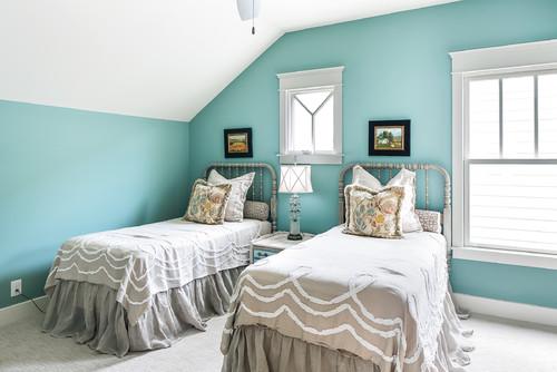 farmhouse-bedroom.jpg