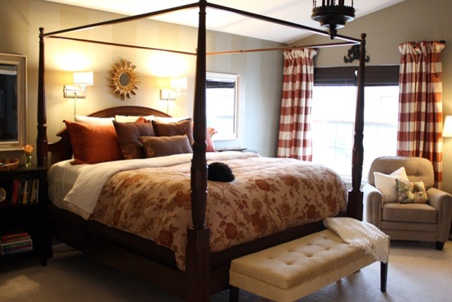Traditional master bedroom - photo#4