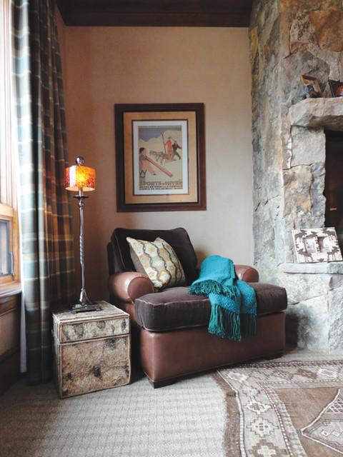 Traditional Mountain Ski Retreat traditional-bedroom