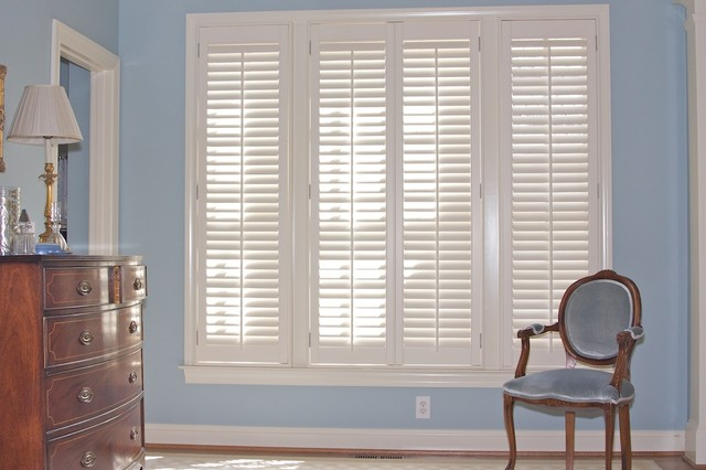 Traditional Plantation Shutters With 2 1 2 Quot Louvers