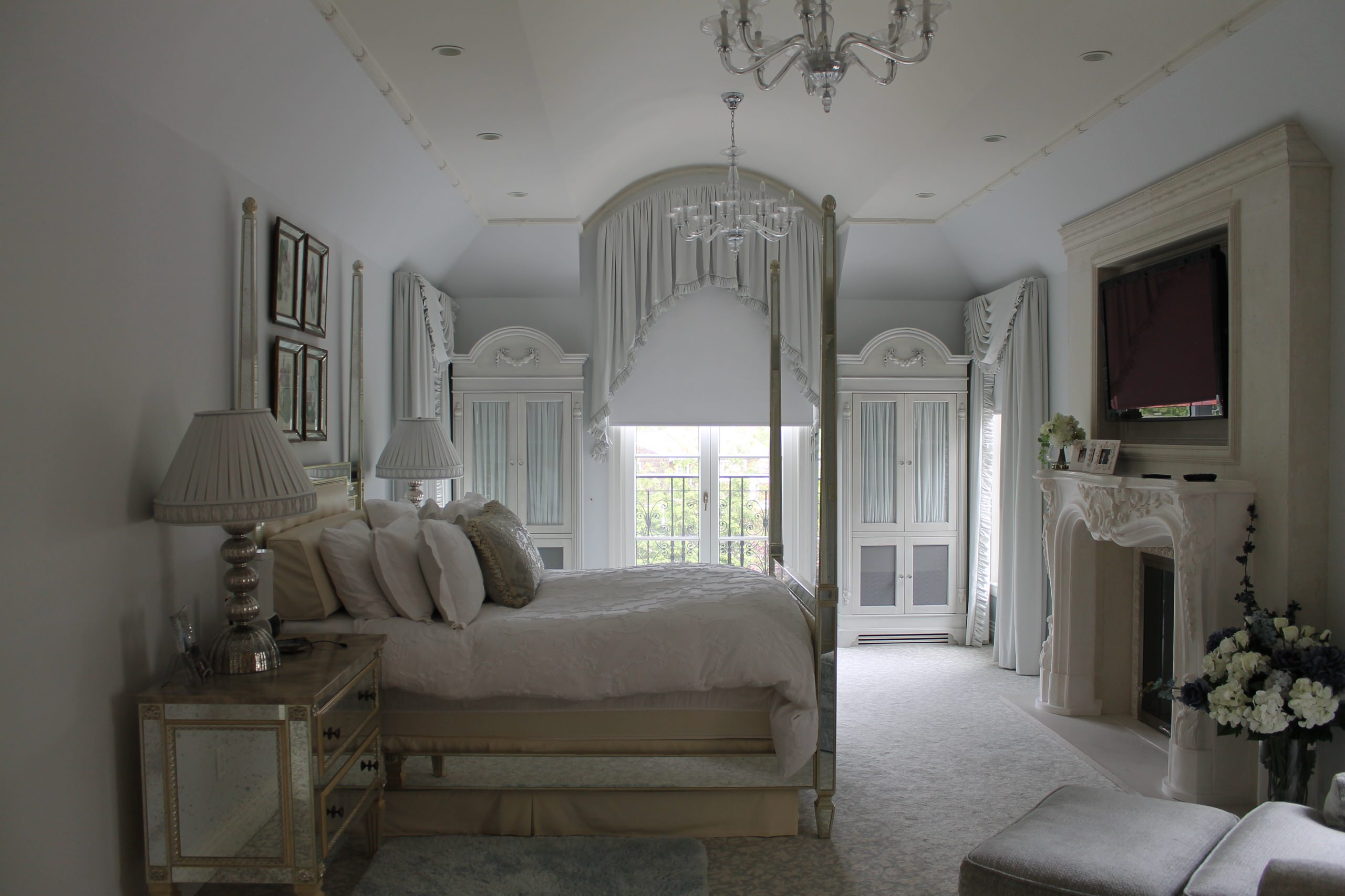 Transistional Master Bed Lawrence, NY Home