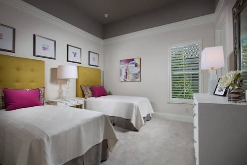 For A Special Room You Can Paint Your Ceiling Dramatic Color Such As Chocolate Brown Or Metallic This Would Work Well In Powder Bath