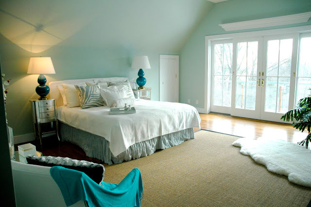 Turquoise bedroom contemporary bedroom by chic coles for Aquamarine bedroom ideas
