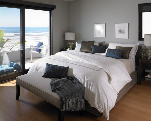 Updated Beach House traditional bedroom