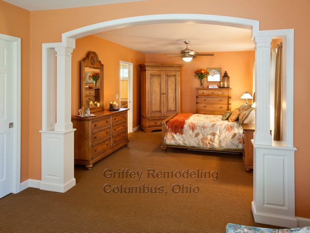 Upper Arlington Master Suite traditional-bedroom