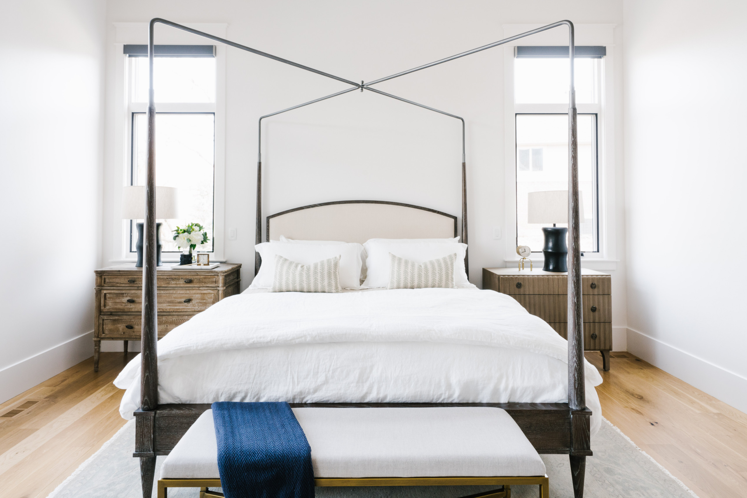 75 Beautiful Traditional Bedroom Pictures & Ideas - November, 2020 | Houzz