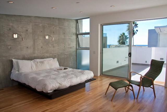 Venice Beach Condo beach-style-bedroom