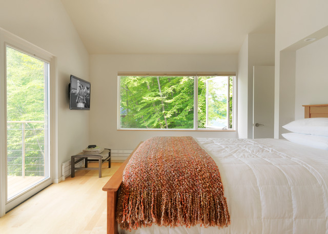 Contemporary Bedroom by Elizabeth Herrmann architecture + design