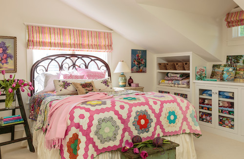 Vibrant Westside Cottage