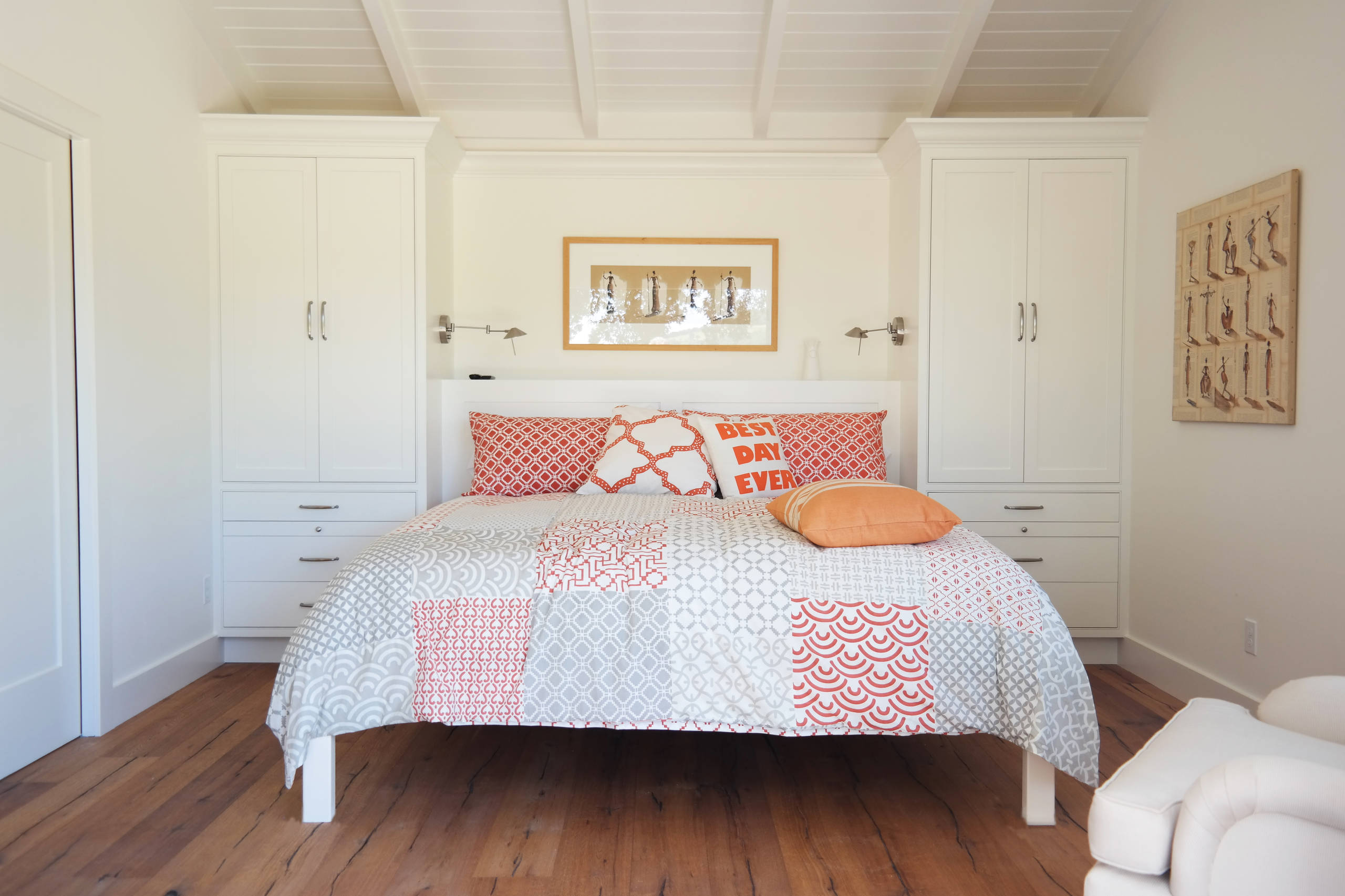 75 Beautiful Small Farmhouse Bedroom Pictures Ideas February 2021 Houzz