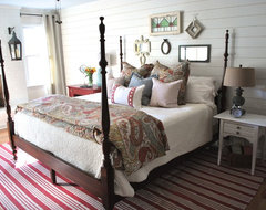 Vintage Cottage Bedroom farmhouse-bedroom