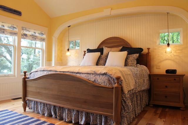 Vintage Cottage On The Lake Farmhouse Bedroom