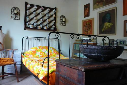vintage guest bedroom