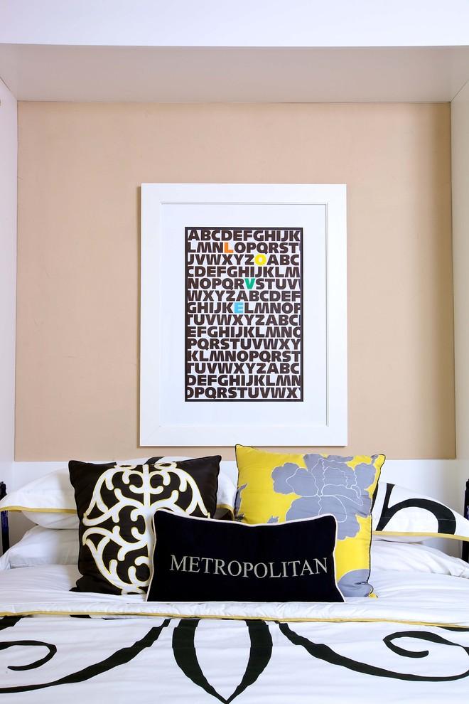 Trendy bedroom photo in Sacramento with beige walls